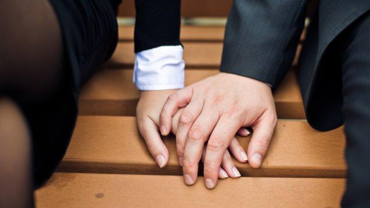 既婚者上司が部下に恋?態度や特徴から真意を紐解く