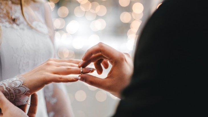 既婚者が指輪しない心理は浮気目的?独身男性の見分け方が知りたい!