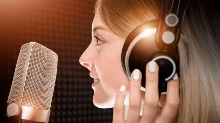 声優と付き合いたい!つながる方法や出会う方法でおすすめは?