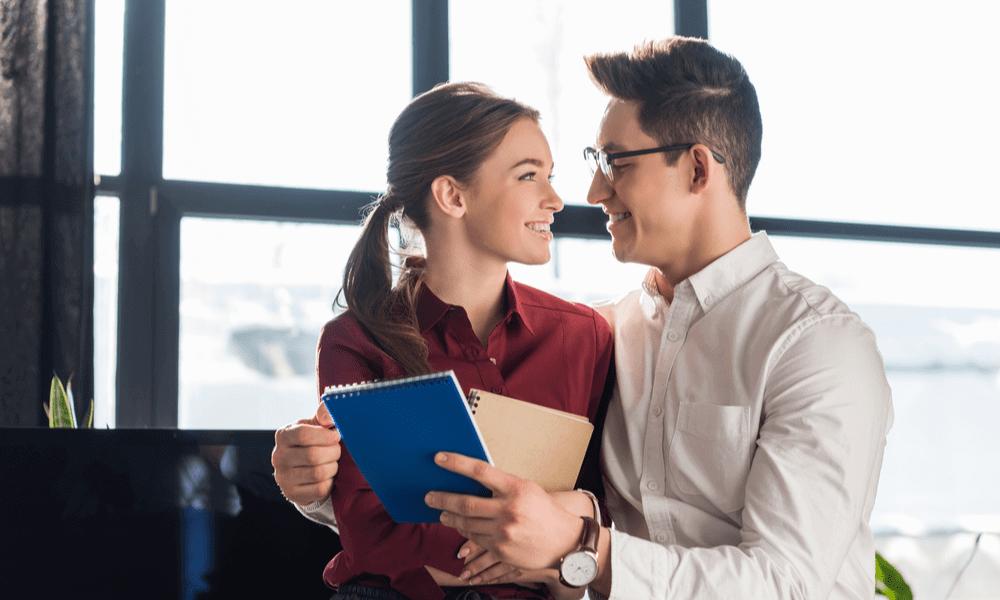 【職場のダブル不倫】既婚者同士でも心の繋がりがあれば成立する?